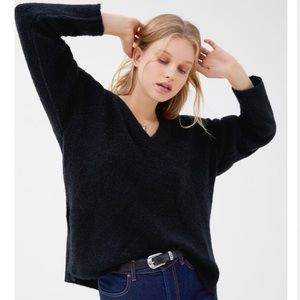 UO Cozy V-Neck Sweater